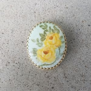 Vintage Handpainted Floral Gold Pin Brooch